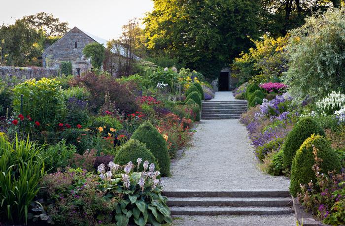 The irish garden for Garden designs ie